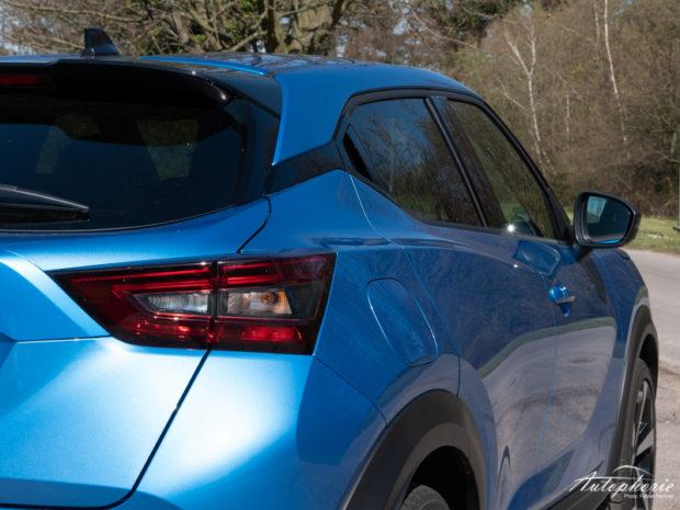 Nissan Juke Vivid Blue Detail