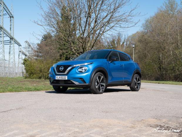 Nissan Juke DIG-T DCT Vivid Blue Front