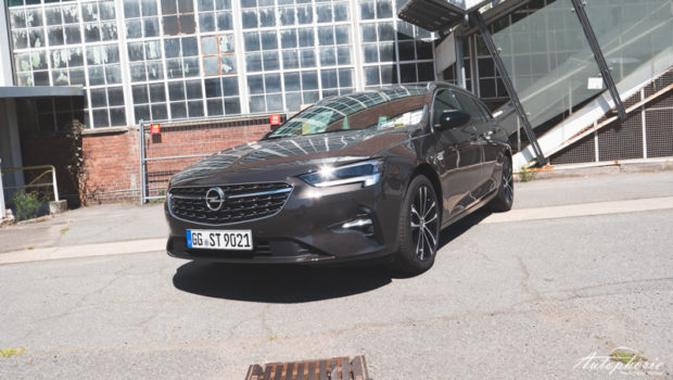 Opel Insignia Sports Tourer 2020 Carbonbraun Metallic Front