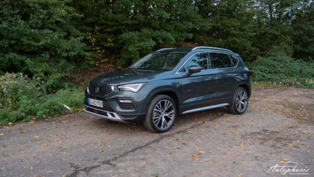Seat Ateca Xperience 2.0 TDI Dark Camouflage Front
