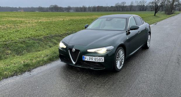 2020 Alfa Romeo Giulia Lusso Ti