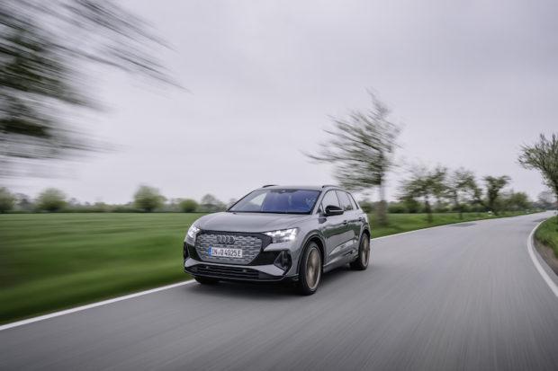 Audi Q4 50 e-tron quattro Edition one taifungrau