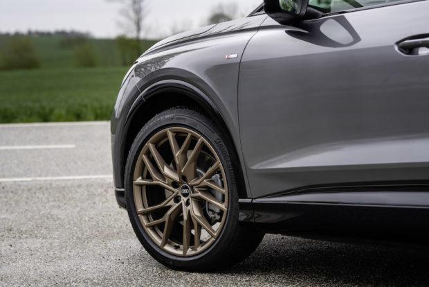 Audi Q4 50 e-tron quattro Edition one taifungrau 21 Zoll Felge Bronze matt