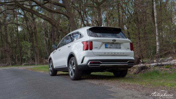 Kia Sorento Plug-in Hybrid Platinum Heckansicht