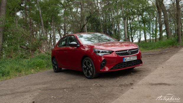 2021 Opel Corsa Elegance Chilli Rot Metallic Front