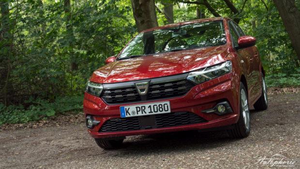 2021 Dacia Sandero kalahari rot front