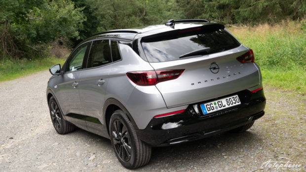 2021 Opel Grandland GS Line Quarz Silber Metallic Heck